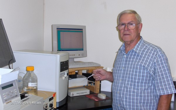 Marlin Bensinger in Lab