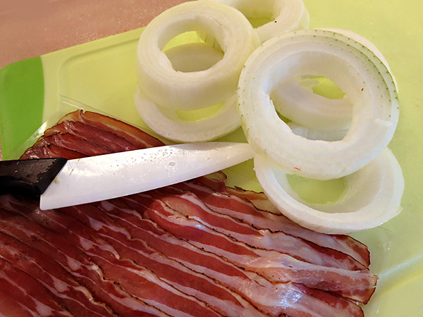 bacon rings_onions